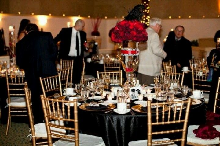 Black and Gold linens