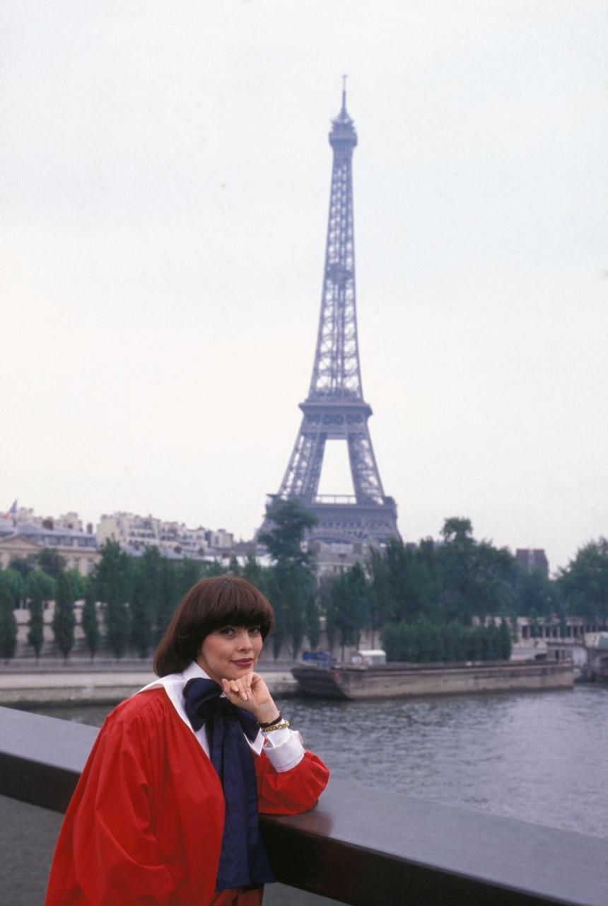 The special edition: Mireille Mathieu : humus