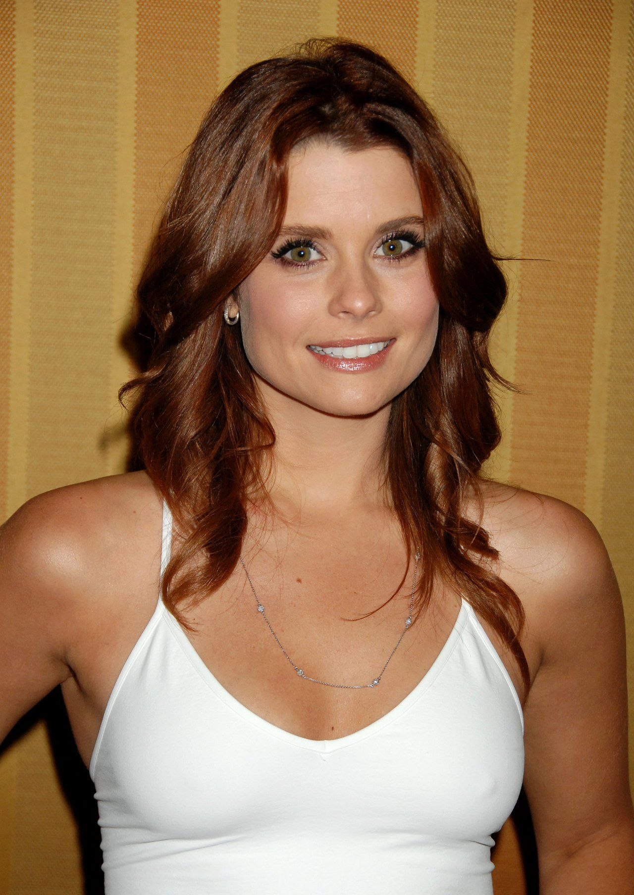 Joanna Garcia Nude Photos 27