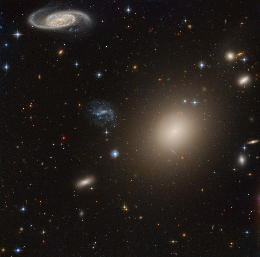 Galaxies Away Image Credit Copyright Data Hubble Legacy Archive Processing Domingo Pestana Hubble Images Galaxy Images Galaxies