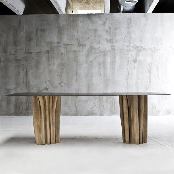 Table de repas avec pieds en bois massif de wrightia ou en charme - meuble en fer design