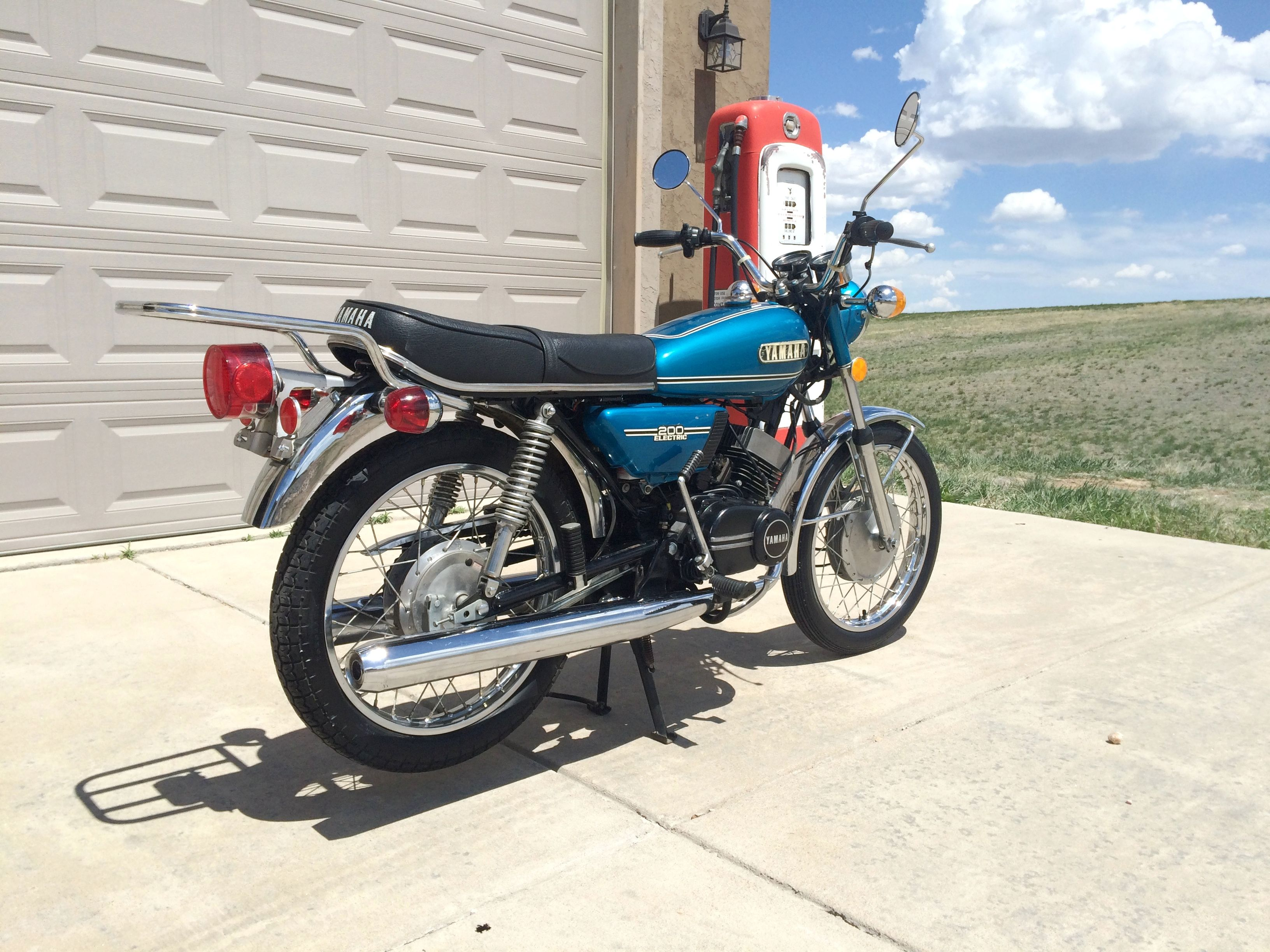 1974 yamaha rd200a 200cc two stroke twin w 5spd