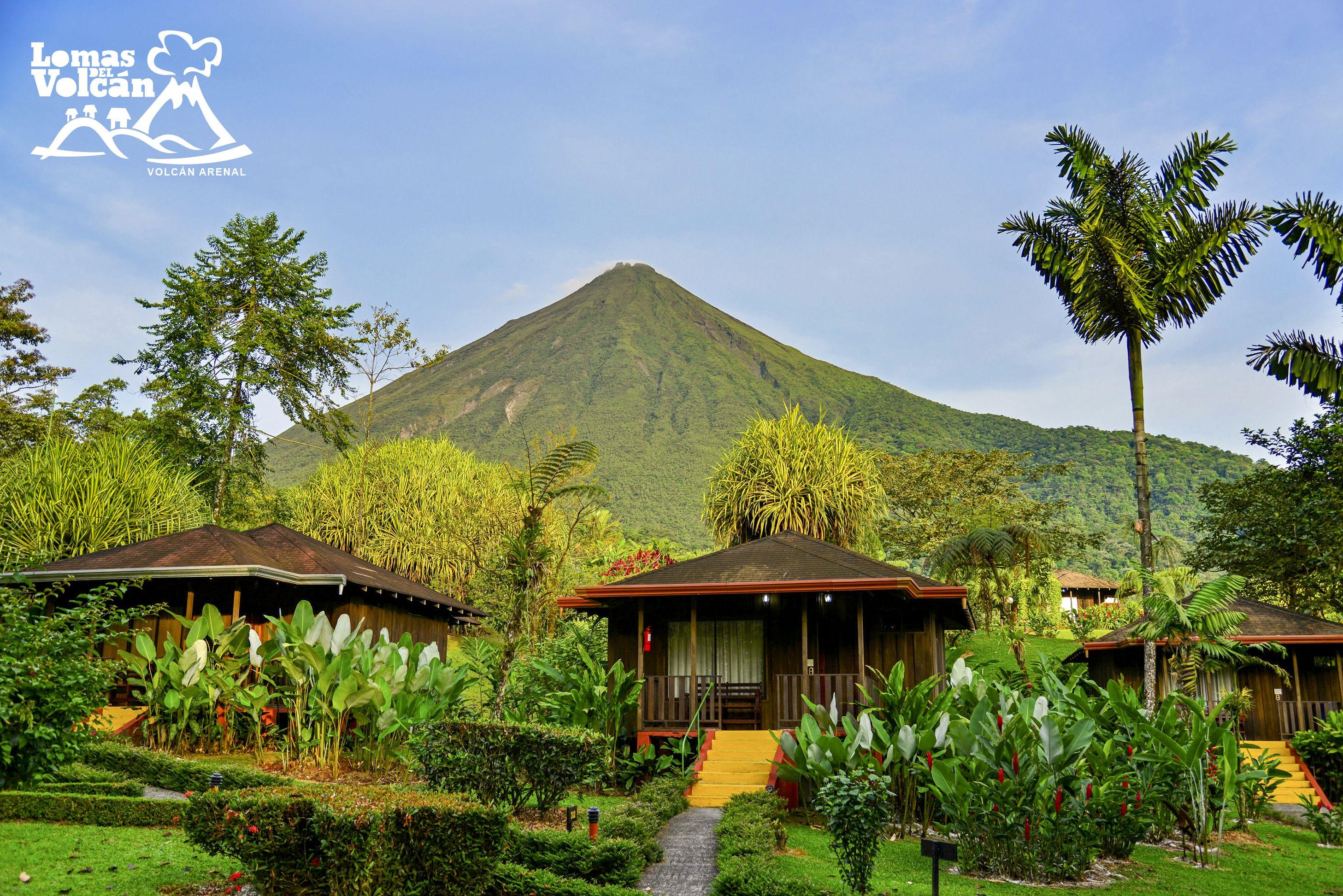 Hotel Lomas Del Volcán Es Un Acogedor Hotel De Montaña Que