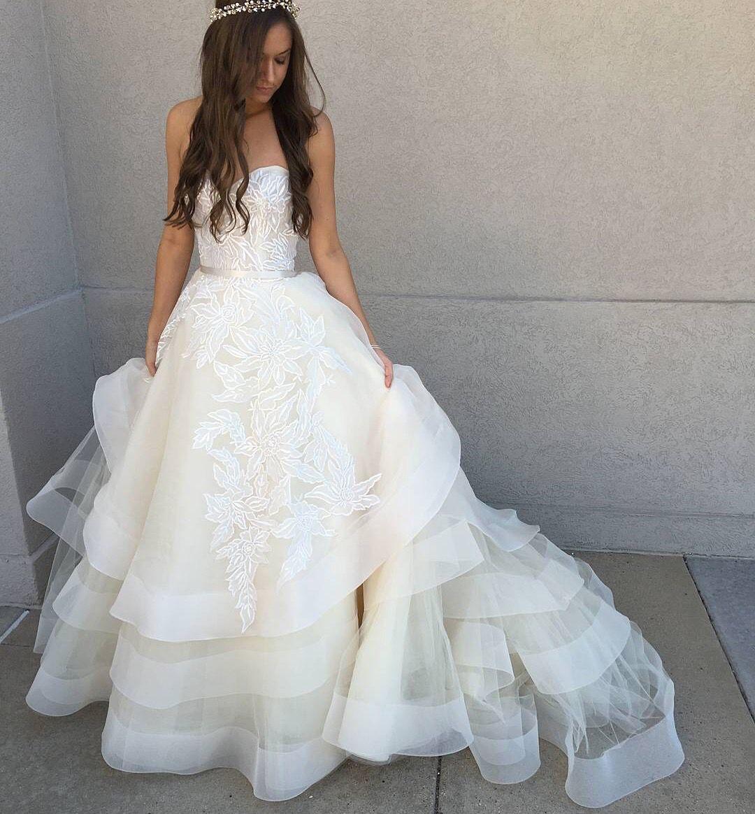 Lazaro Style 3601 | Wedding | Pinterest | Kleider