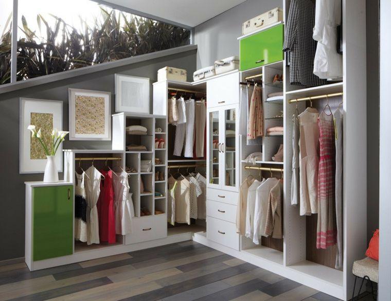 Bedroom Closets Design Armario Sin Puertas Y Cuadros En La Pared  Closets  Pinterest