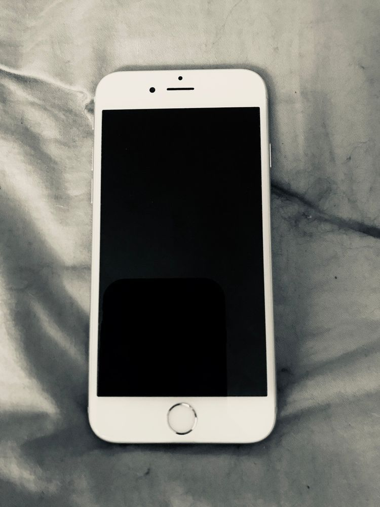 Apple Iphone 6s 32gb Silver At T Iphone Apple Phone Apple Iphone 6s
