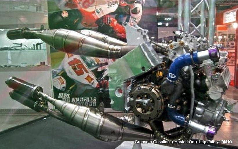 Malaguti Spidermax GT500: Piaggio 500cc MASTER engine pictures