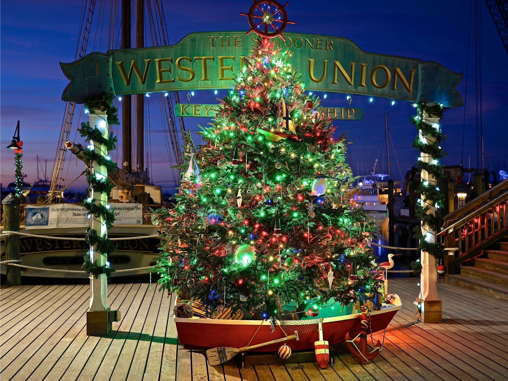 KeyWest Christmas Tree at Western Union flagship, Historic Seaport ...