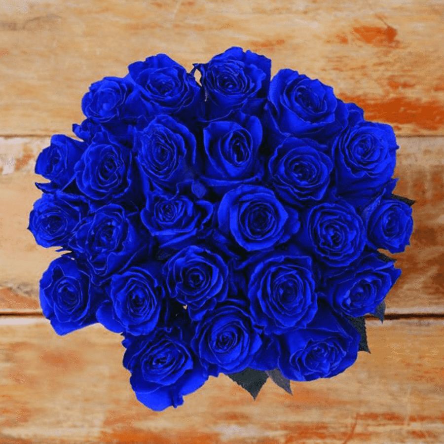 Blue Clue Roses I Want To Be Able To Work My Blues Silvers And Whites On My Big Day I Can Ta Blue Rose Bouquet Rose Bridal Bouquet Rose Flower Arrangements