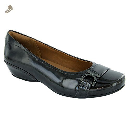 f3b4cbb5e8adb Clarks Women's Concert Band Flat, Black Patent Leather, 7 M US ...