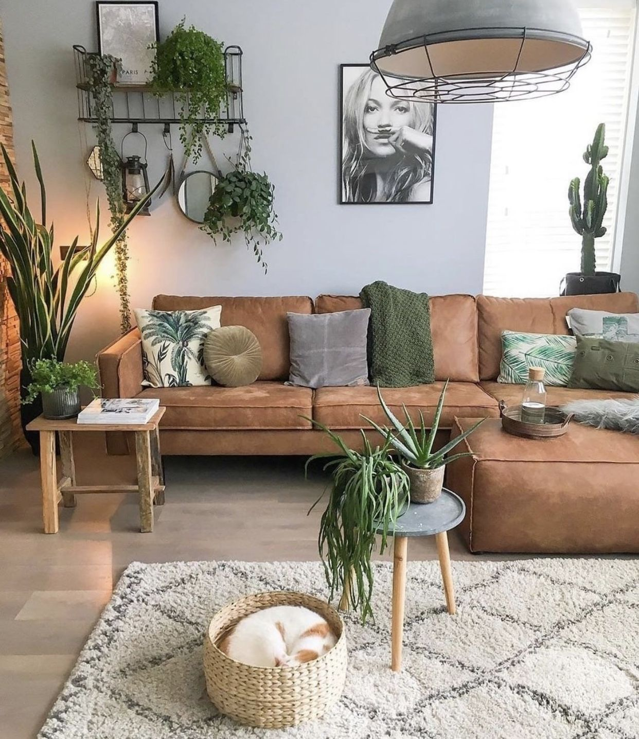 Absolutely Love All The Vibes Here Stylish Living Room Living Room Inspiration Living Room Designs Stylish living room decor