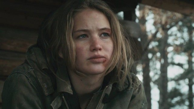"How ""Winter's Bone"" Director Debra Granik Discovered Jennifer Lawrence And  Vera Farmiga: 52 Weeks Of Directors | Jennifer lawrence, To the bone movie,  Jennifer"