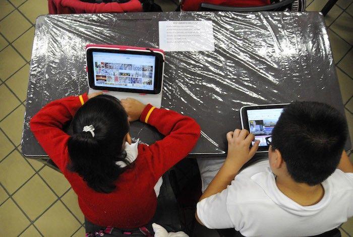 La SEP dona 1 millón de tabletas, pero 54% de las escuelas que las recibieron no tienen Internet | El Puntero