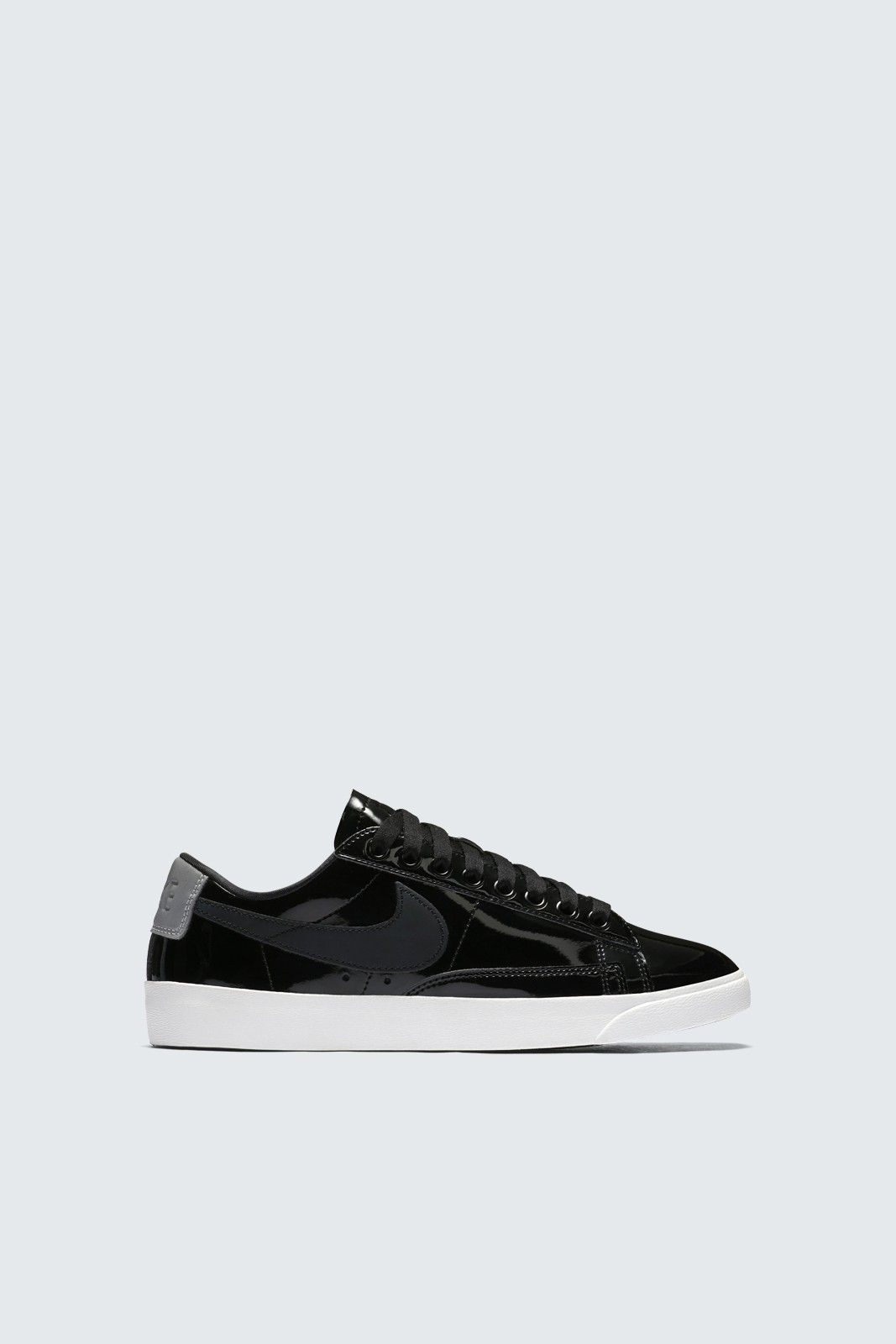 official photos 1ec18 a707f Nike | Fashion Sneakers | Sneakers fashion, Sneakers, Blazer