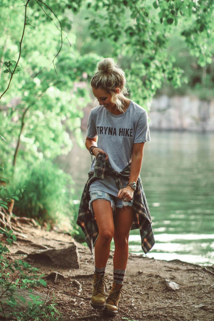 Tryna Hike Tee Mountain Outfit Broken Denim Shorts Grey And Plaid Shirt