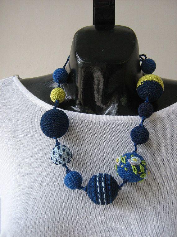 Crochet necklace - Monami | Hobby | Pinterest | Halsketten, Häkeln ...