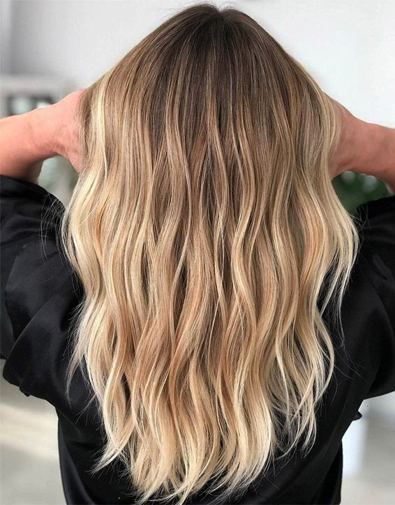 Hairstyle for those girls who want to change the hair look Must try it and go rockBalayage Hairstyle for those girls who want to change the hair look Must try it and go r...