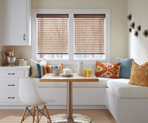Aluminum Blinds Are Lovely And Cost Effective Window Covering Options For Anyone Who Wants A