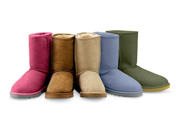 How Fake Uggs AreMade - Knock off Uggs are made with the pelts of Chinese raccoon dogs rather than than the sheep skin found in authentic Uggs. In order to pass the savings for these counterfeits on to the customer, the raccoon dogs are tortured and murdered.