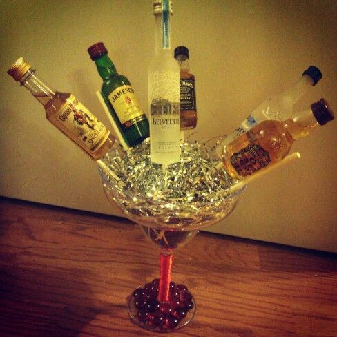 Decorated Alcohol Bottles For Birthday Alcohol Bouquet  How To Decorate A 21St Birthday Party 'allo