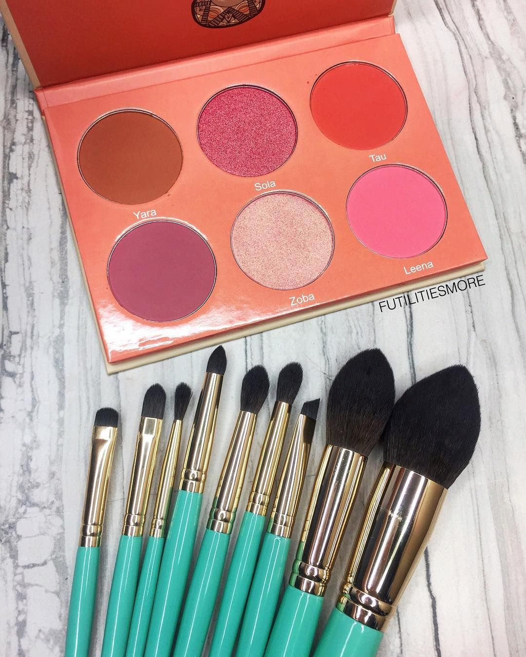 This juviasplace mint brush set is BACK IN STOCK. How