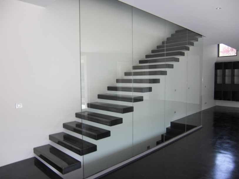 escalier droit moderne
