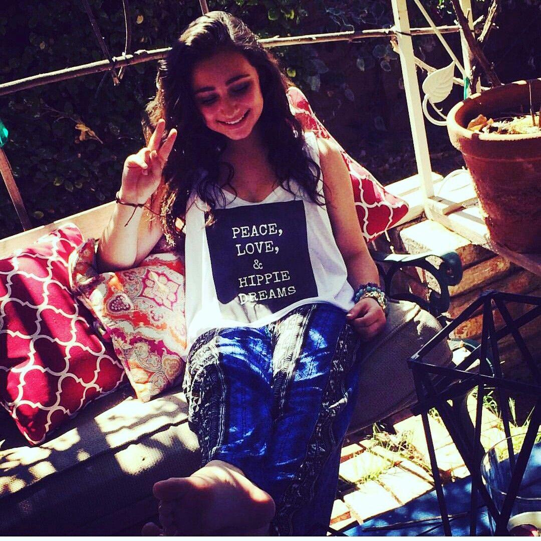 Peace, love, and hippie dreams ♡ etsy.com / shop / starrjoy16