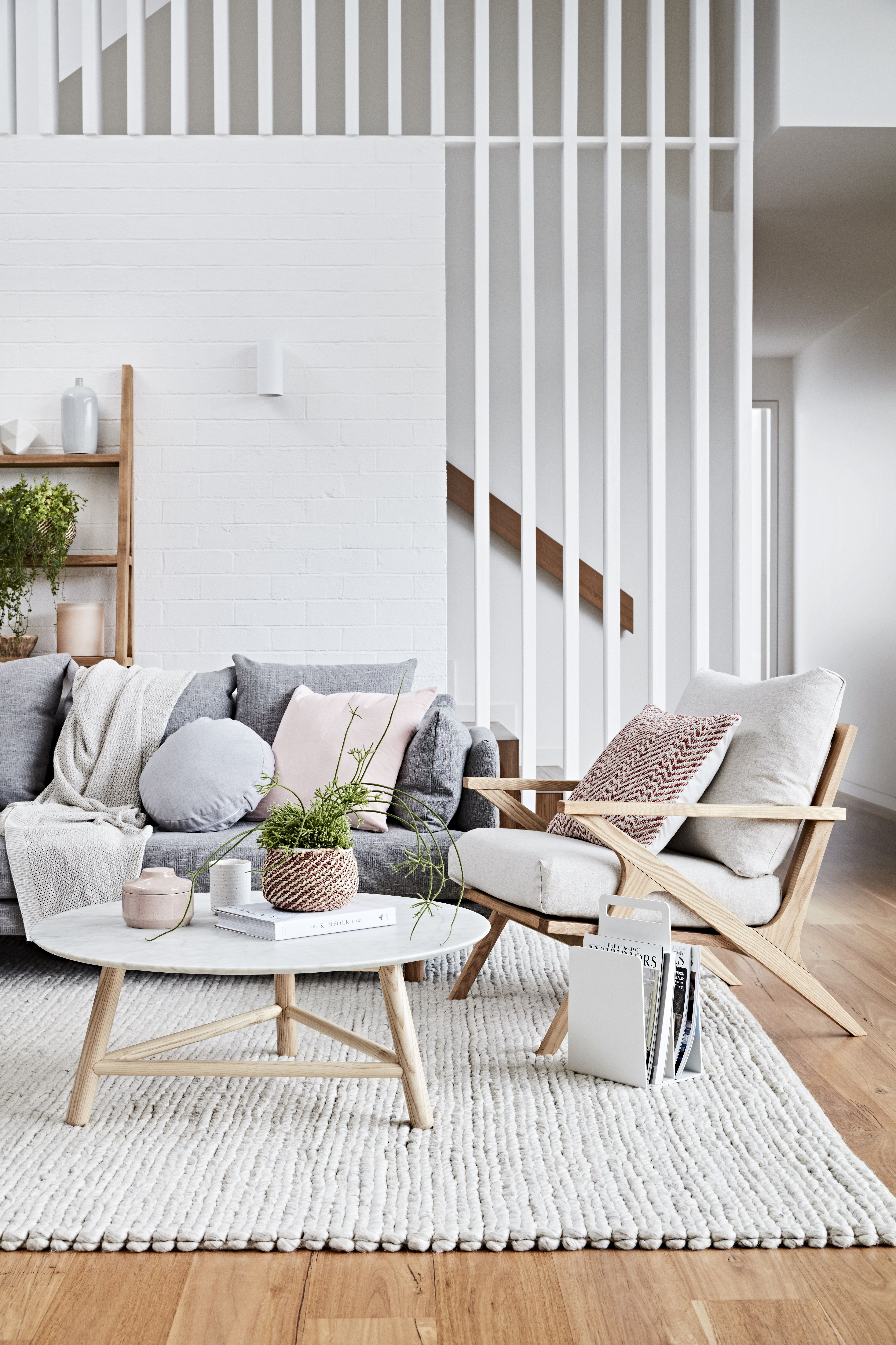 Scandinavian Style Elements 1 Lots Of White 2 Use Of Light Toned Wood On Floor Furniture 3 Lo Living Room Scandinavian House Interior Living Room Decor