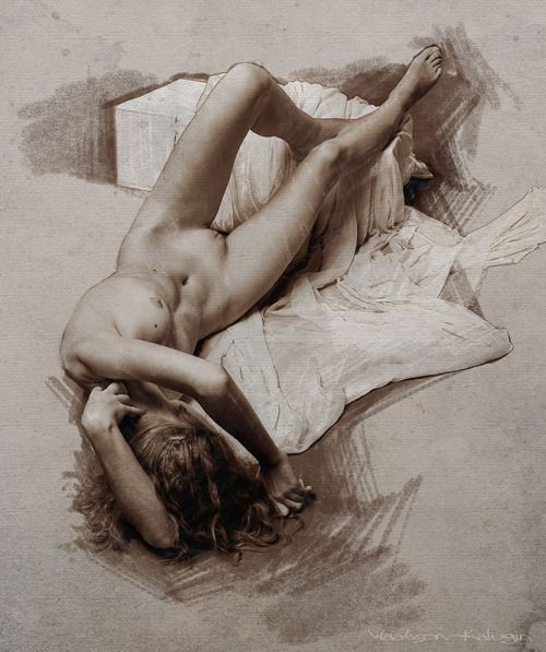 Figures of nude girls and bodies of naked women in pencil drawings figure sketches and paintings
