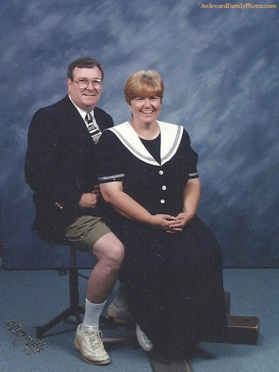 Awkward Family Photos. - He didn't get the message
