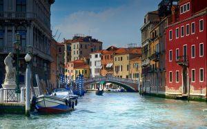 Preview wallpaper italy, venice, gondolas, river