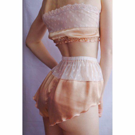 Satin pajama set woman, Satin lingerie plus size pj set, Silk pajama, Silk pj set, Satin pyjamas, Sexy pajama, Silk underwear woman pajama #shortslace