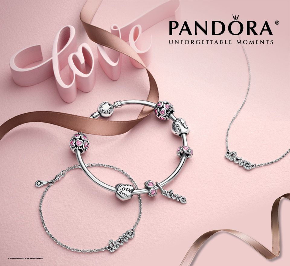 Pandora Unforgettable Moments Is The Perfect Gift For Her This Valentine S Day Visit Our Store While Inv Pandora Jewlery Valentines Jewelry Pandora Bracelets