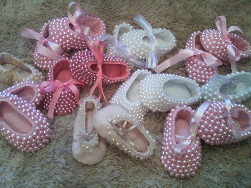 38dbc1f1c sapatinhos de bebe bordados em perolas | ideas para manualidades ...