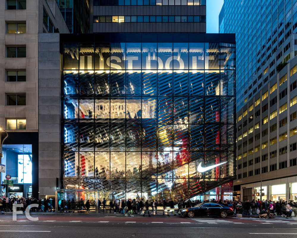 Arne Simular Anónimo  Tour: 650 Fifth Avenue - Nike Flagship Store — FIELD CONDITION in 2020 |  Storefront design, Avenue, Facade