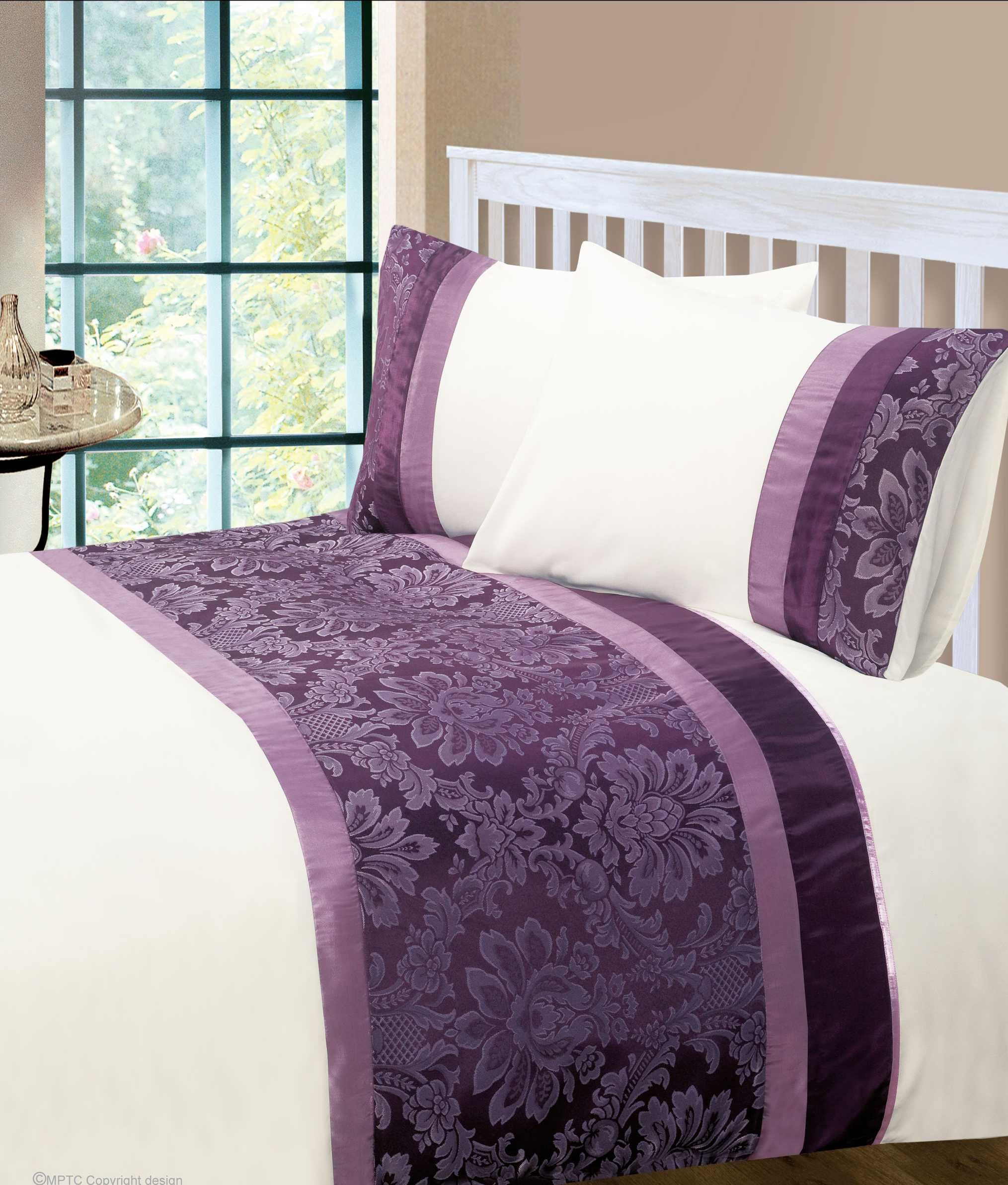 Bed sheet set with quilt - Aubergine Colour Modern Stylish Damask Bedding Quality Duvet Quilt Cover Set