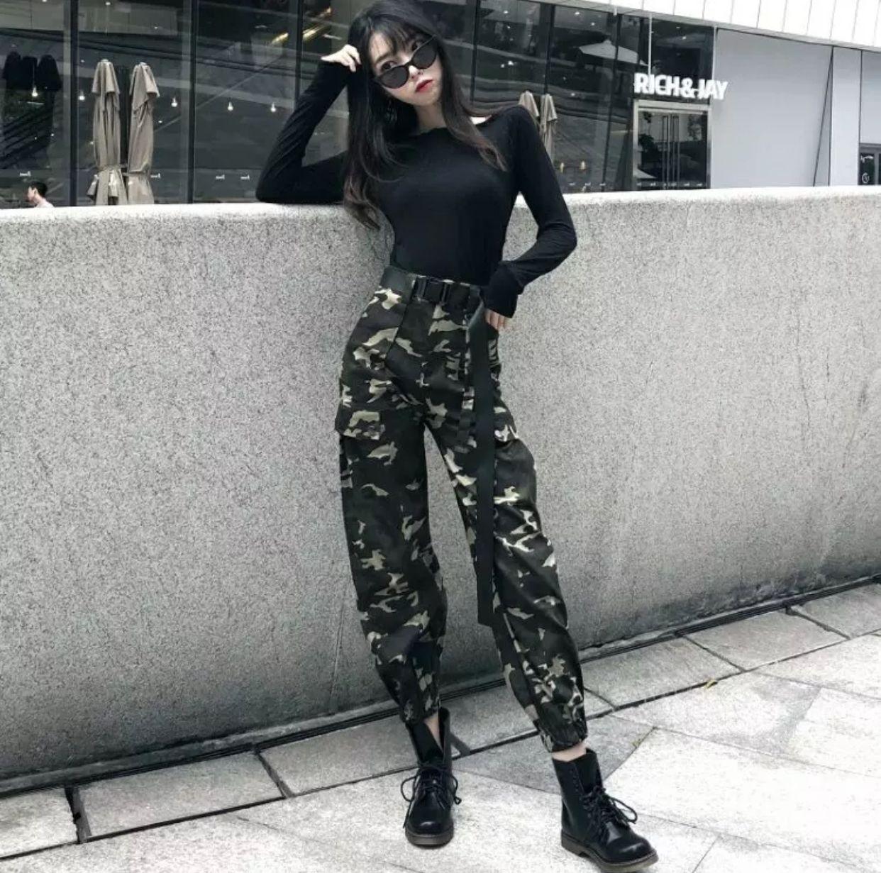 Ulzzang camo pants  Korean street fashion, Edgy outfits, Fashion