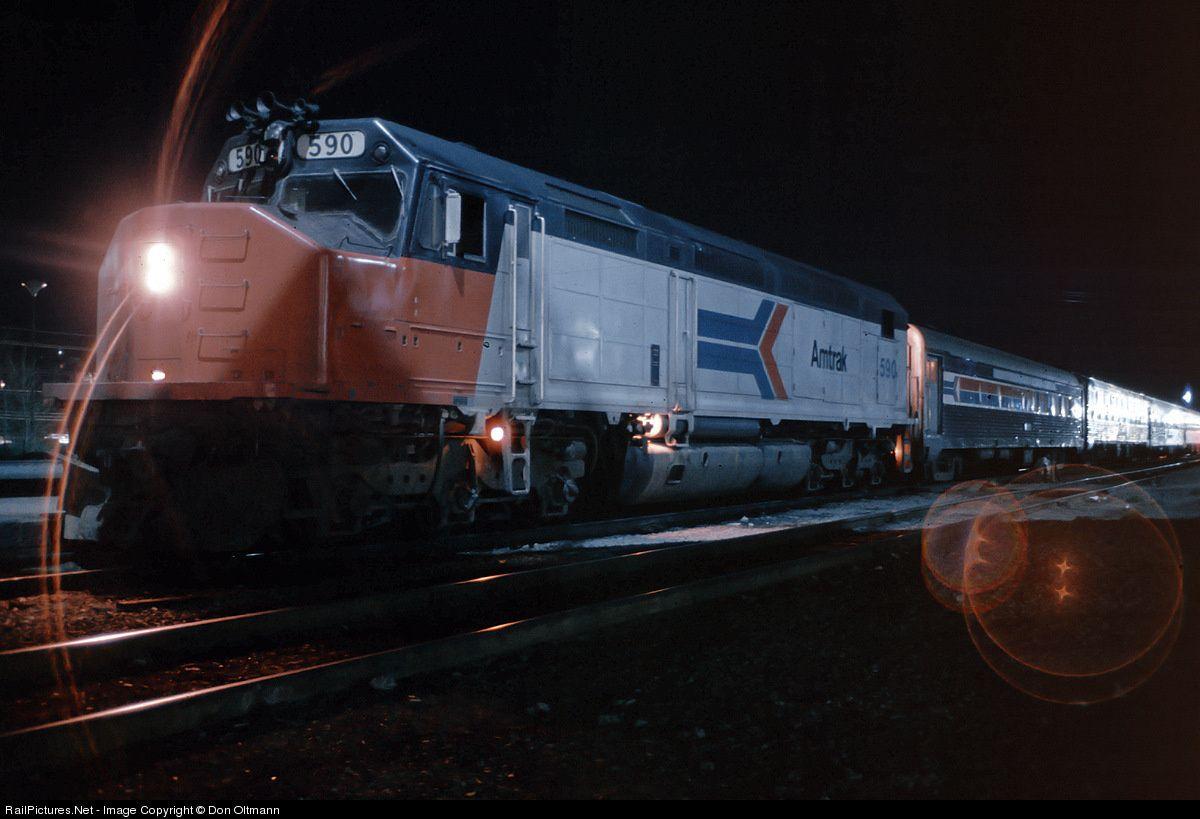 Photo AMTK 590 Amtrak EMD SDP40F at