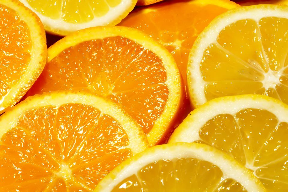 Everyone Knows Vitamin C Is A Good Thing Lemons Support Your Liver And Kidneys And There S A Clear Relationship Betwe Fruit Fruit Wallpaper Oranges And Lemons