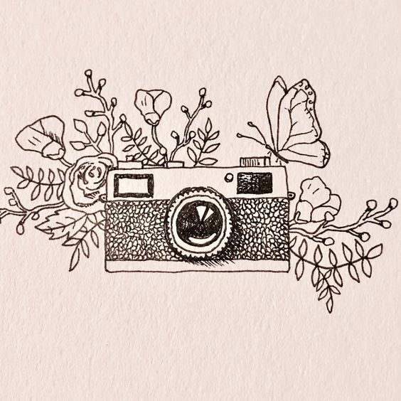 """Marjae Cashdollar on Instagram: """"Just a little vintage camera doodle for my online photography gallery. • • • • #doodle #drawing #sketch #cameradoodle #vintagecamera…"""""""