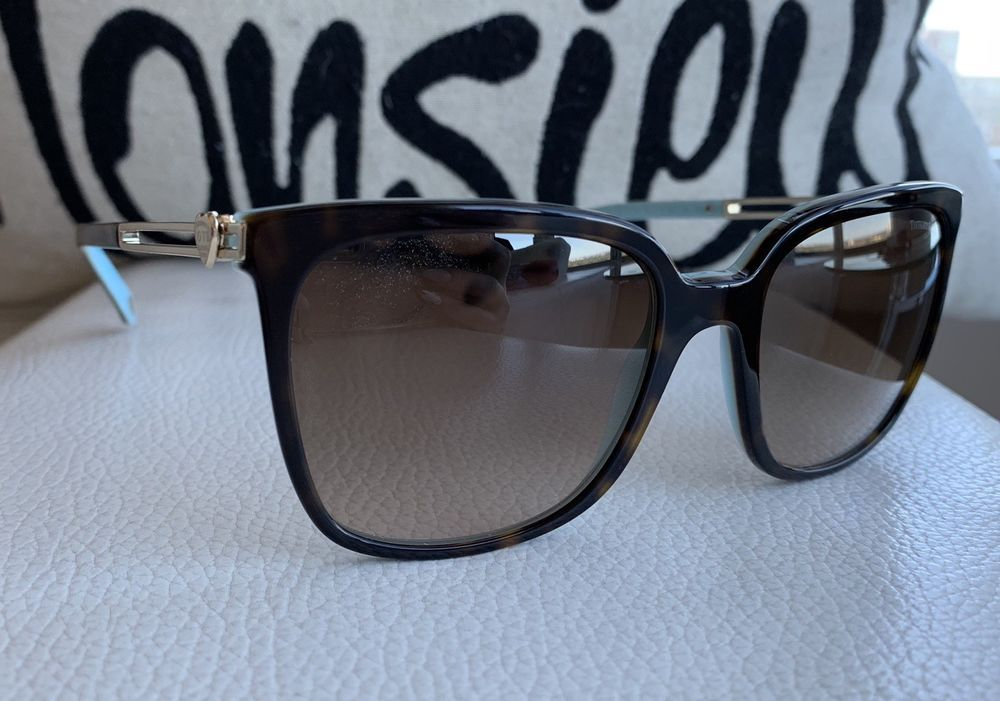 d78ccda46349 TIFFANY   Co TF4138 8134 3B Sunglasses w Heart Accents  fashion  clothing