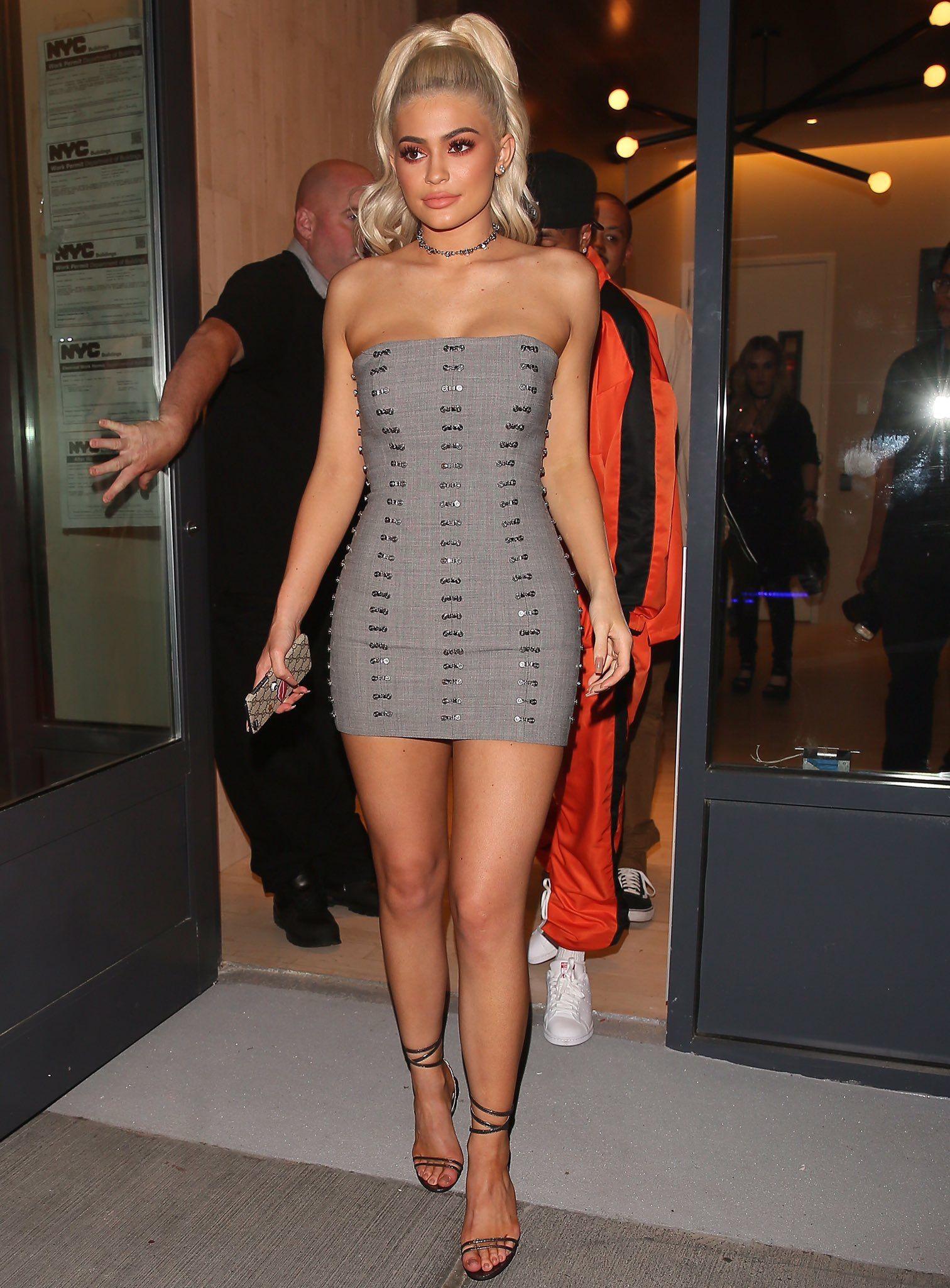 8f0b63790bc3 Kylie Jenner  jadealyciainc www.jadealycia.com