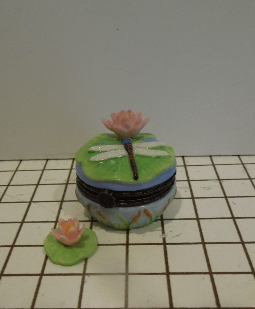 Small Porcelain Trinket Box   Dragonfly. National Home Gardening Club  Collection