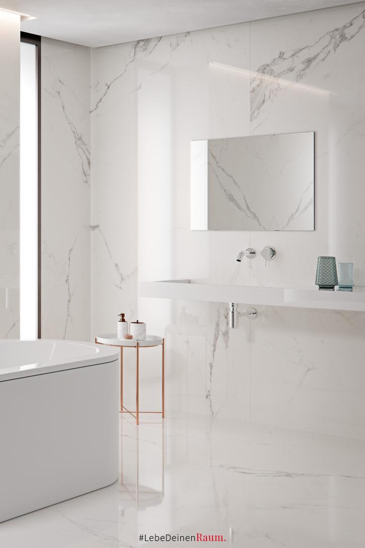 Marmor Ist Der Inbegriff Von Eleganz Diese Raumhohen Grossformatfliesen In Carrara Marmor Optik Bringen Diese Edl Badezimmerideen Badezimmer Fliesen Badezimmer