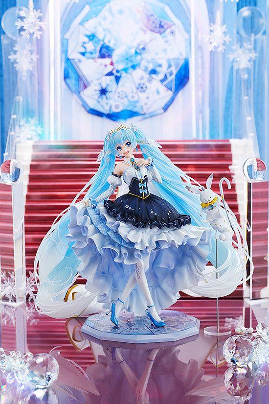 Snow Miku Snow Princess Ver. Figure by Good Smile Company