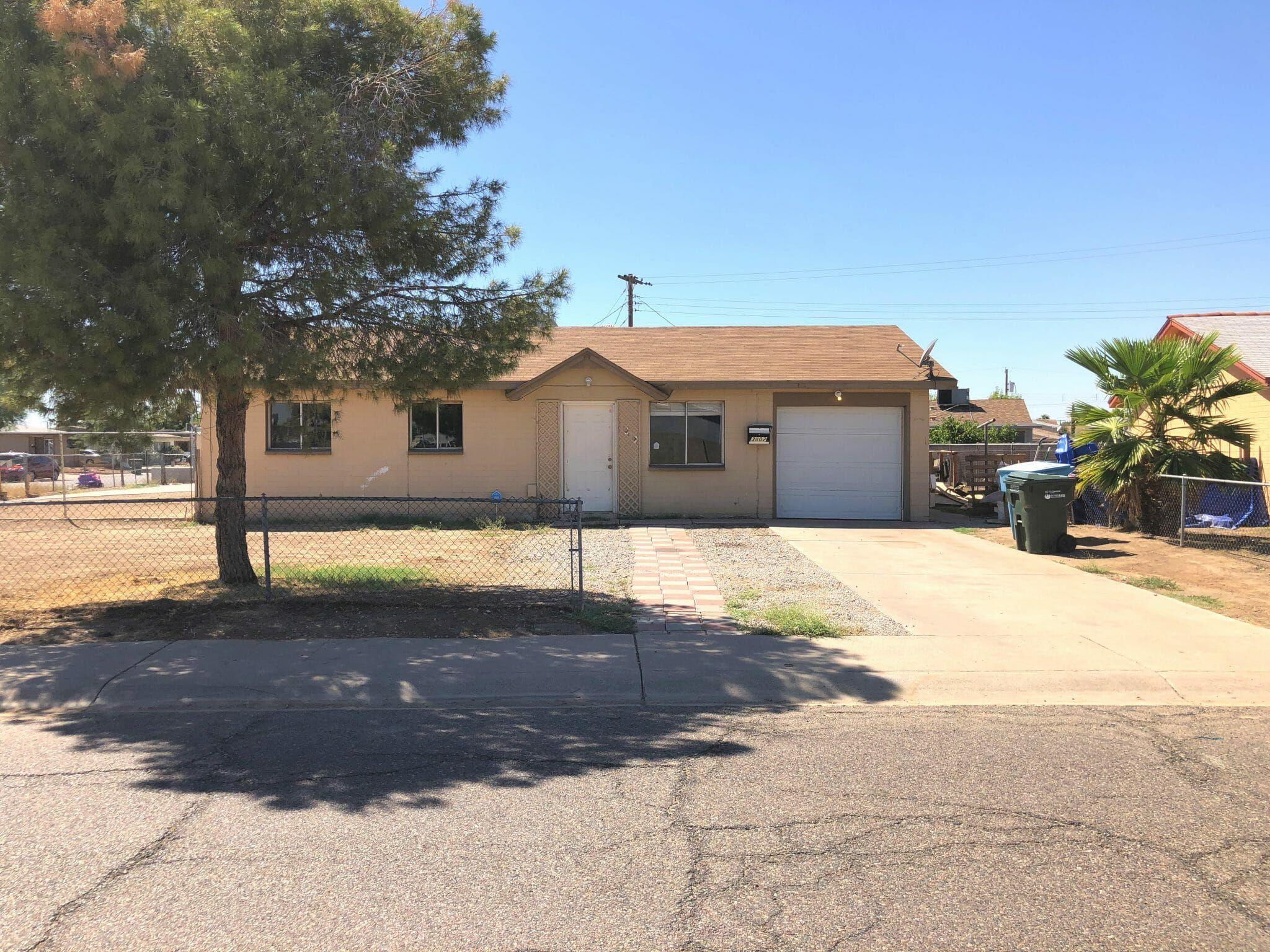 Arizona Wholesale Property 3802 N 80th Avenue Phoenix Az 85033 Home Family Arizona Outdoor Decor