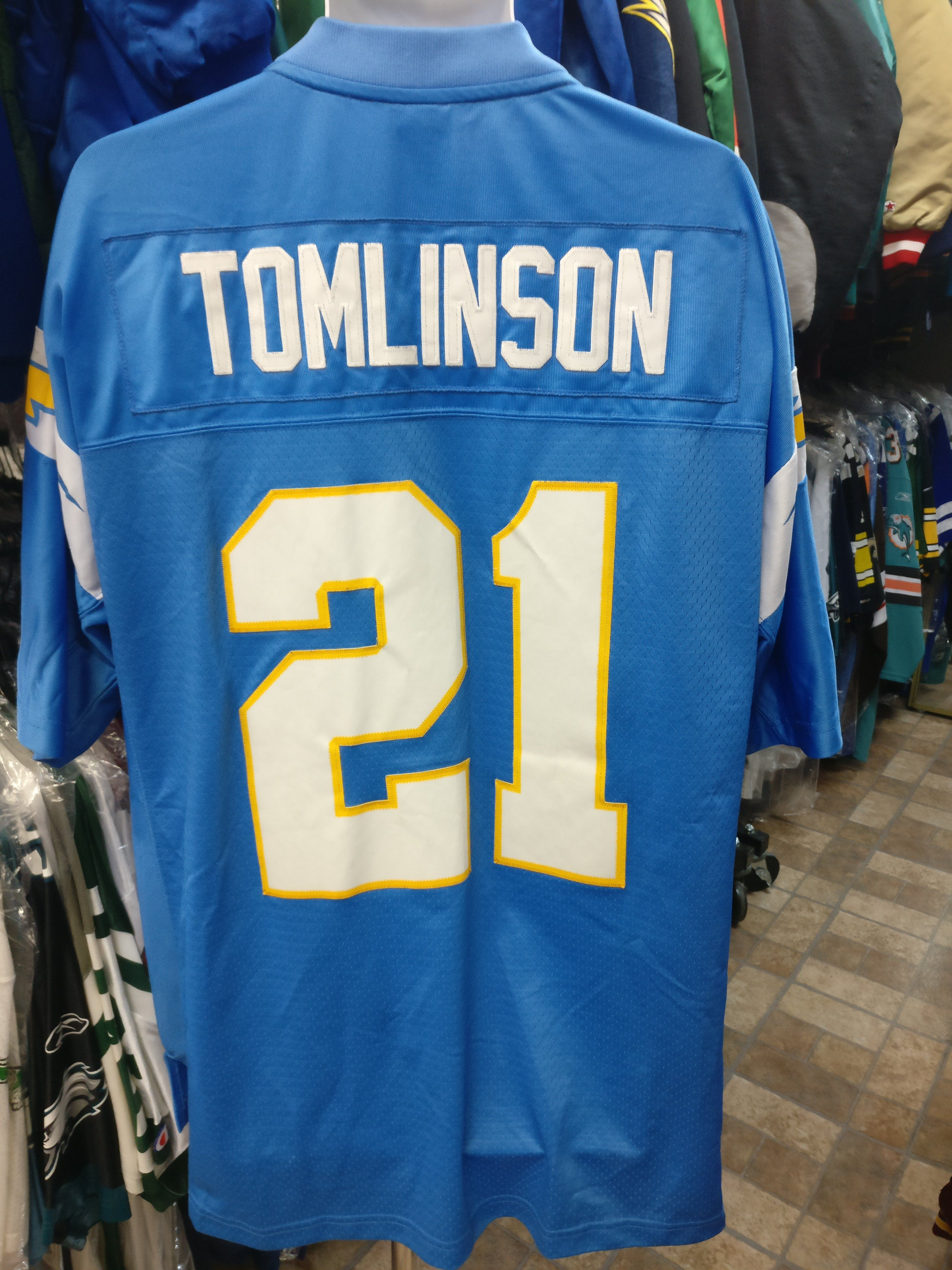 17e273741 Vtg #21 LADAINIAN TOMLINSON San Diego Chargers NFL Reebok Jersey XL ...