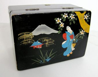 Vintage Japanese Jewelry Box Black Lacquer with Geisha Asian