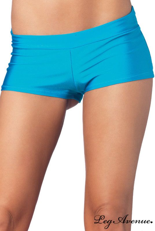 Mini short turquoise clubwear et gogo danseuse. Parfaite