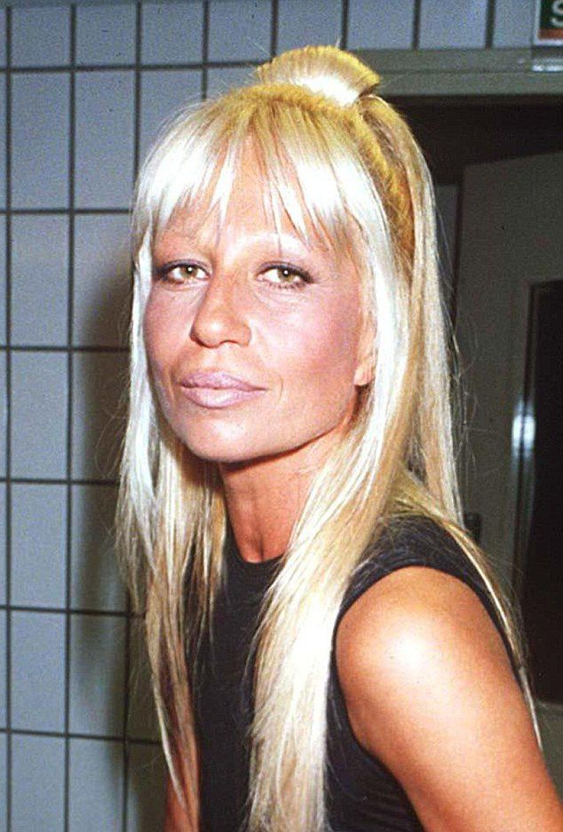 donatella versace celebrities that have. Black Bedroom Furniture Sets. Home Design Ideas